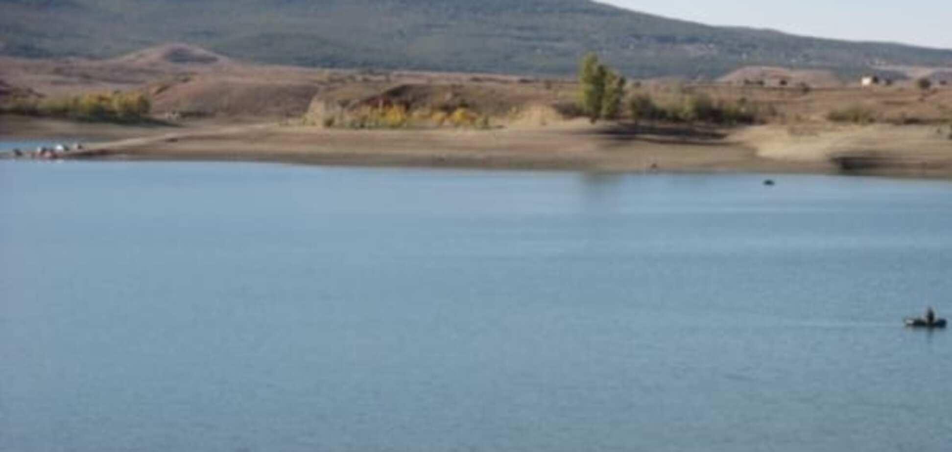 В окупованому Криму рекордно обміліло одне з найбільших водосховищ