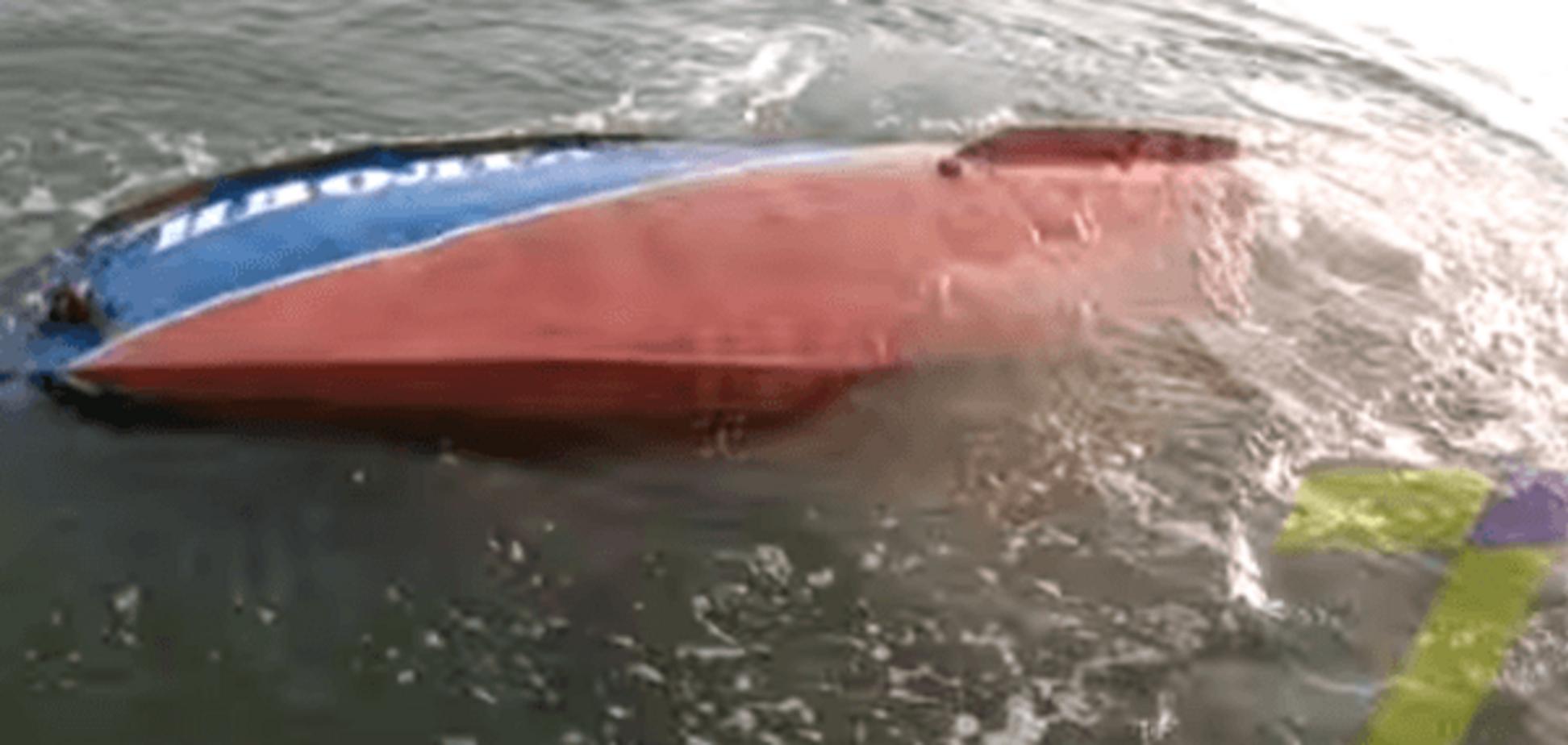 Опубліковано відео з місця аварії судна 'Іволга', зняте з безпілотника