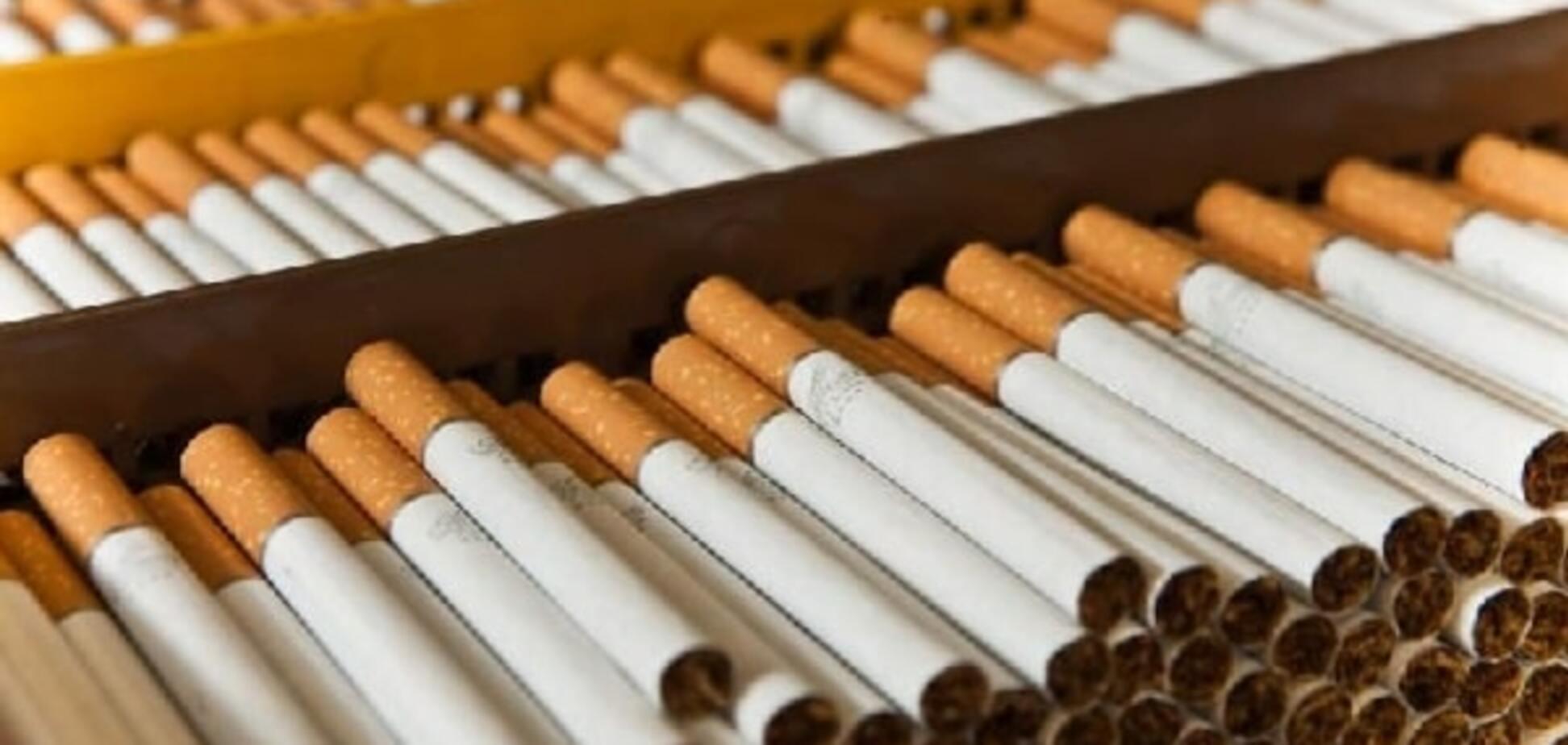 Украина нанесла удар по табачной монополии 'Семьи' Януковича и ФСБ