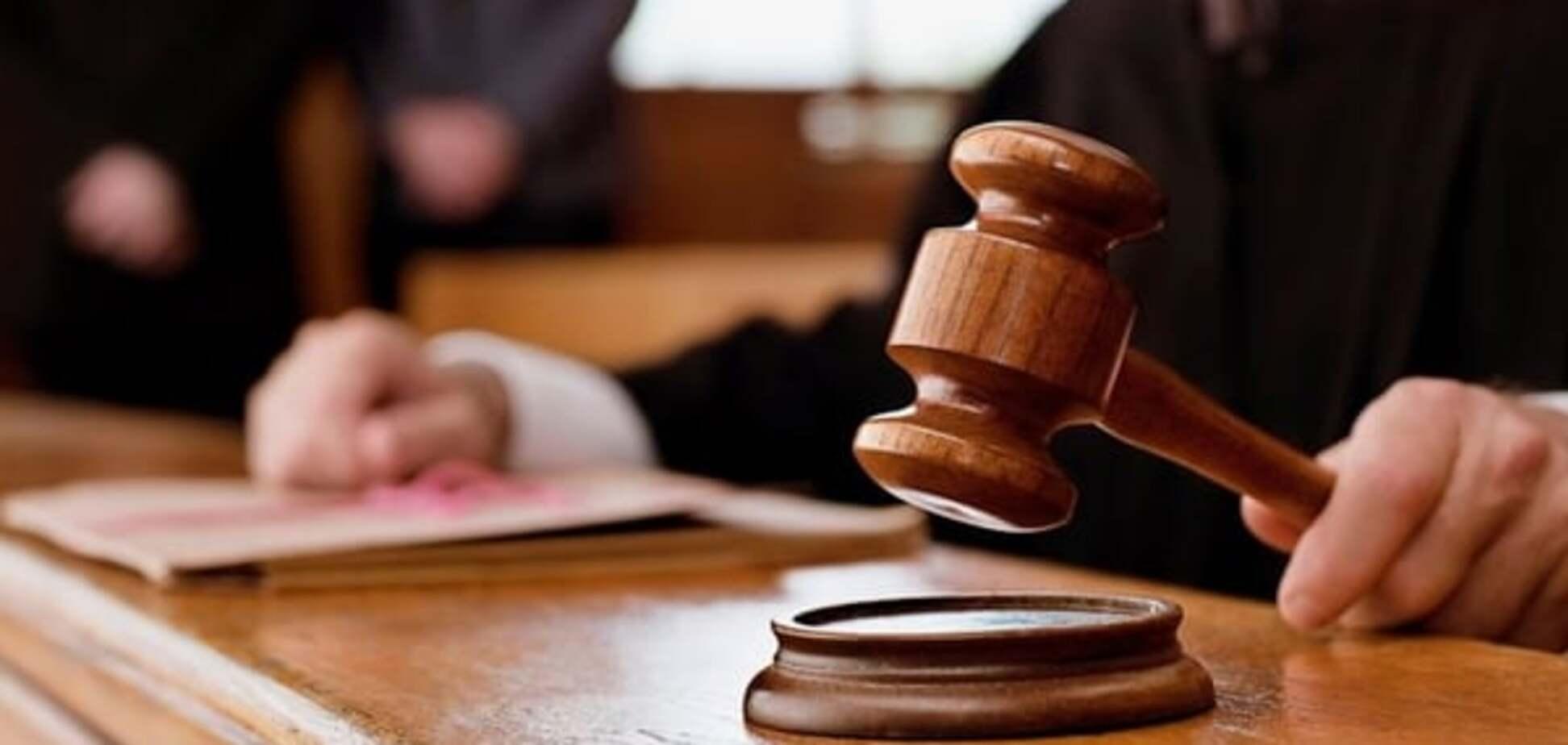 Суд заарештував начальника одного з райуправлінь ДСНС Києва, що попався на хабарі