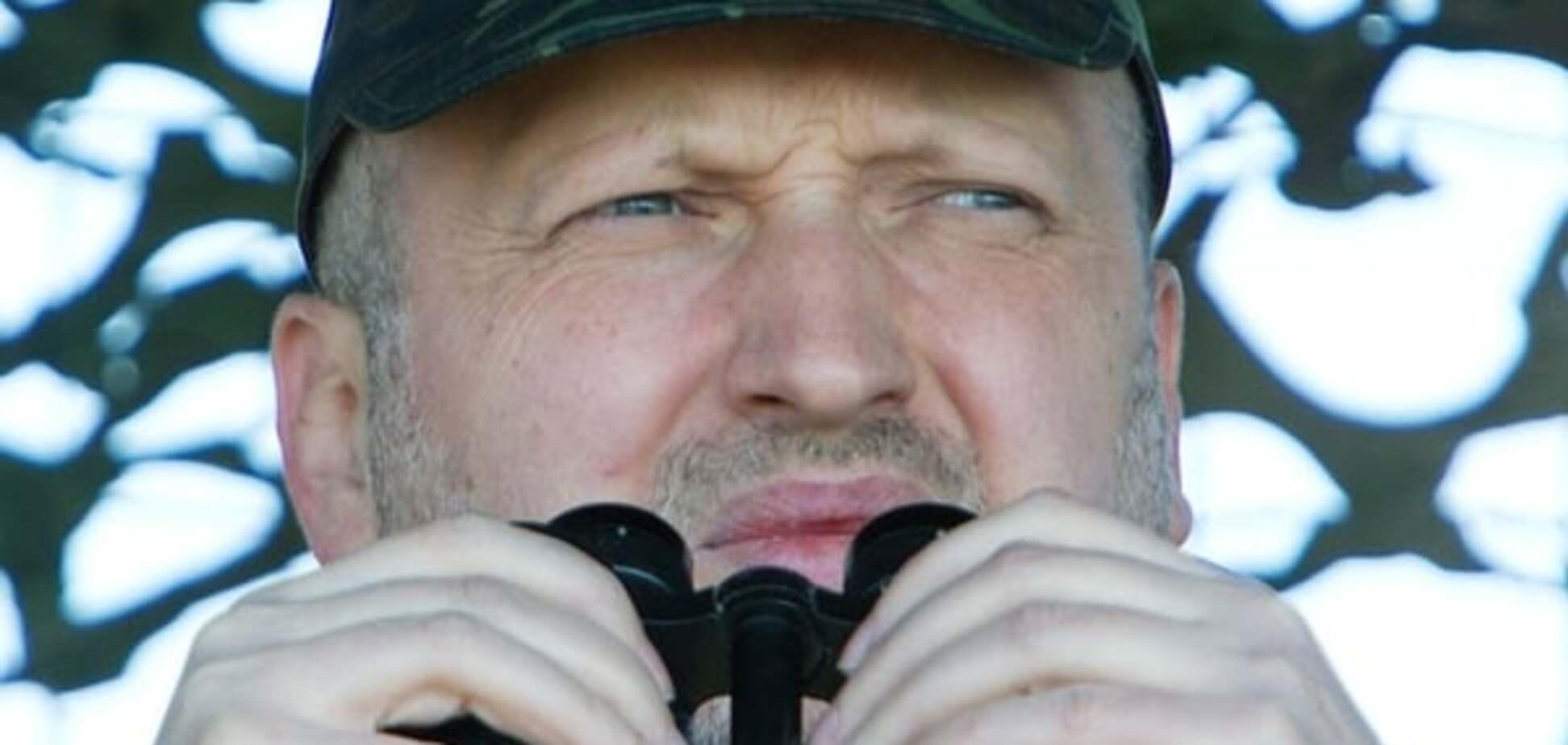 Турчинов: Путін не буде зменшувати агресію щодо України