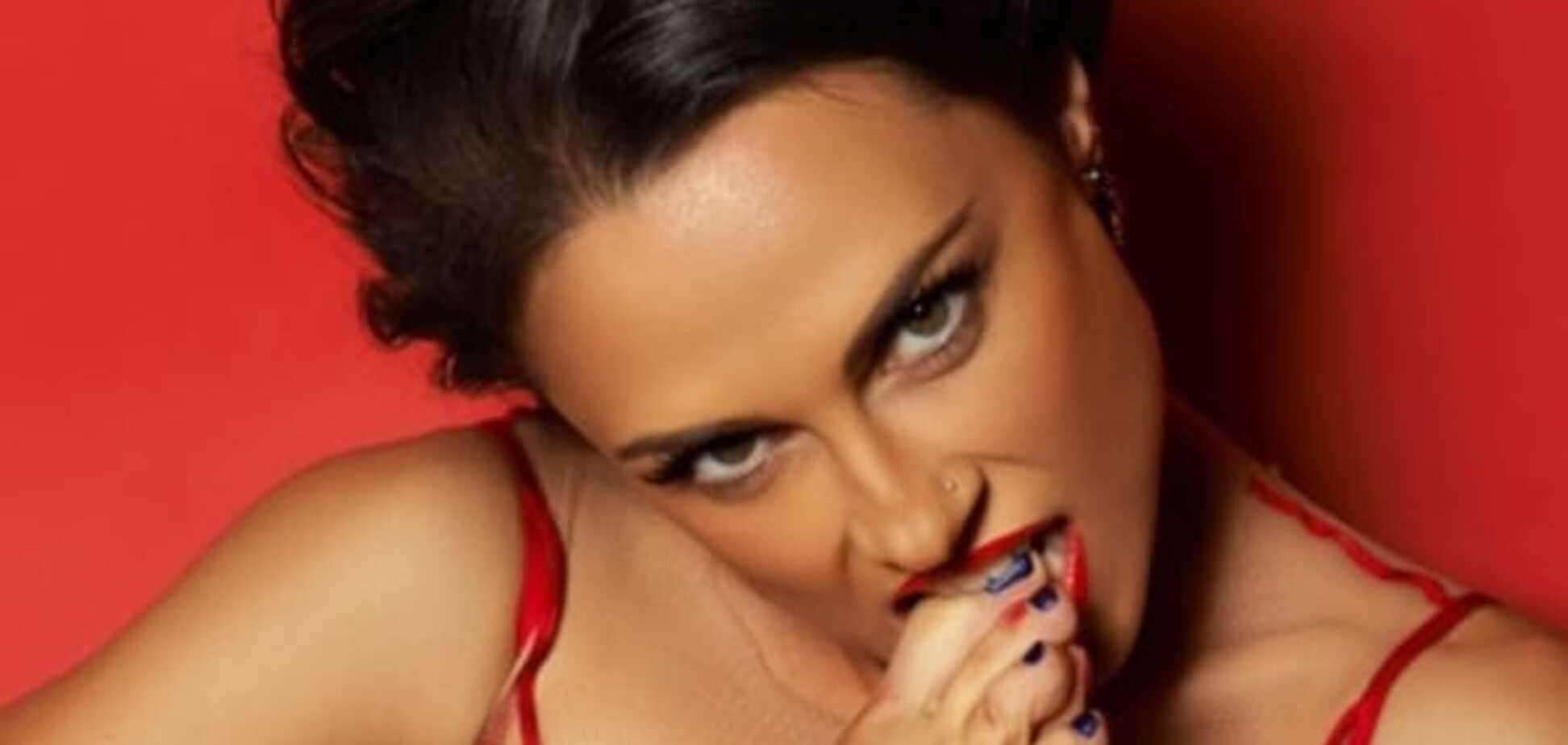 Красотка из 'Nikita' завела блог для любителей садо-мазо: опубликованы фото