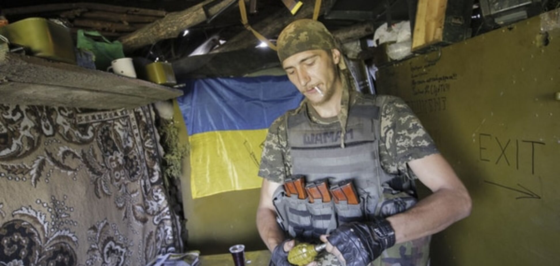 Доба на Донбасі: терористи не стріляли, бійці АТО голосували на виборах