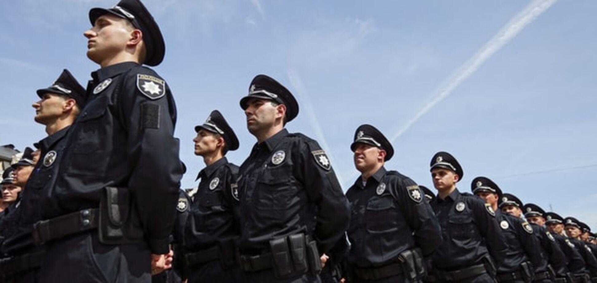 У центрі Києва хворий гепатитом поранив поліцейського