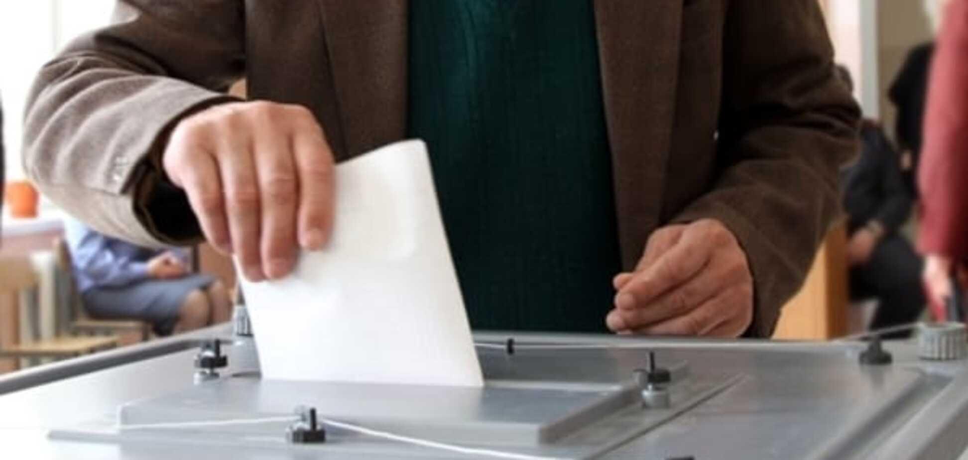 ЗМІ дізналися, хто вів передвиборну кампанію партій на місцевих виборах