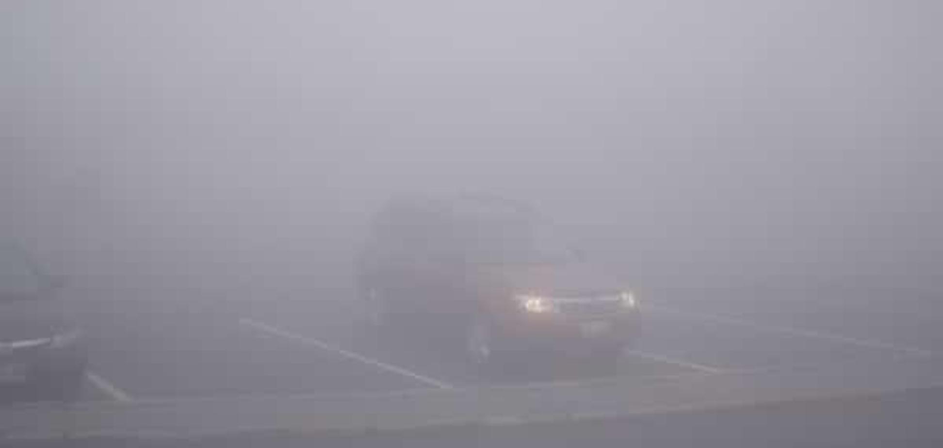 Туман на дорозі: експерти порадили, як уникнути ДТП в таку погоду