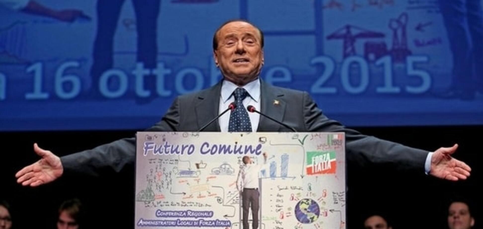 На Берлускони завели дело из-за вояжа в аннексированный Крым