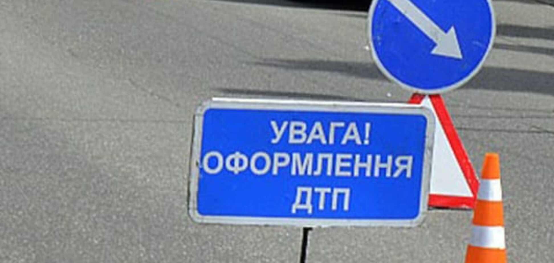 У Києві маршрутка потрапила в ДТП, постраждала дитина