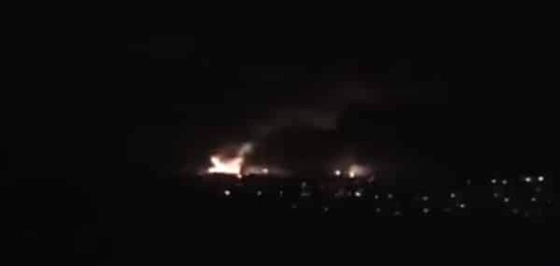 Пожар в Сватово будут тушить танками