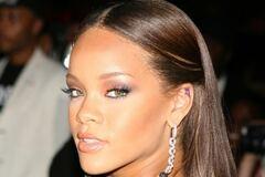 Rihanna - 10 успішних років талановитої хуліганки в музиці