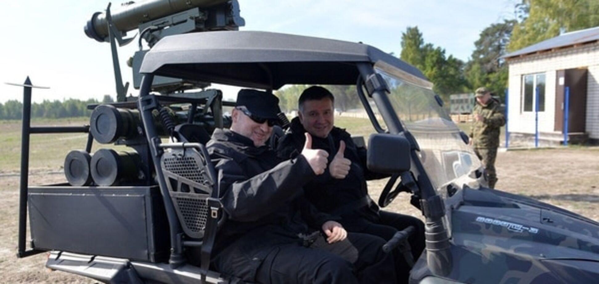 'Привіт, російські танки!' Аваков показав вискомобільний комплекс 'Стугна-П': фотофакт