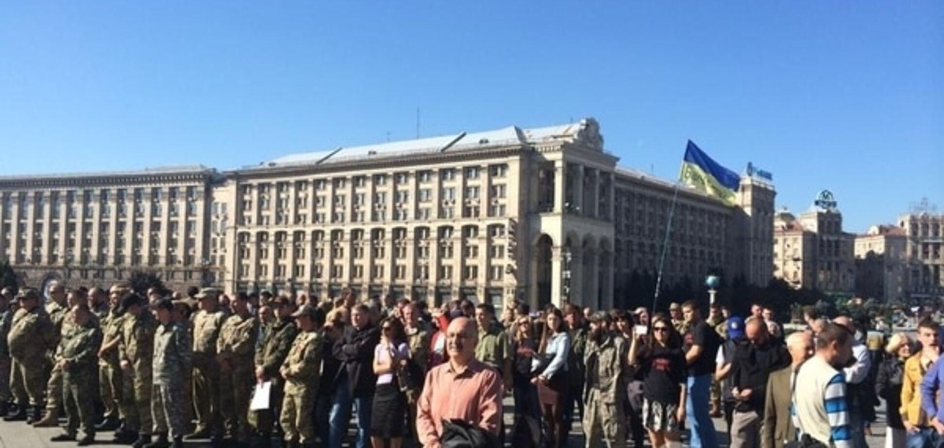 На Майдані зібрали Віче на згадку про загиблого репера і бійця АТО Ларсона