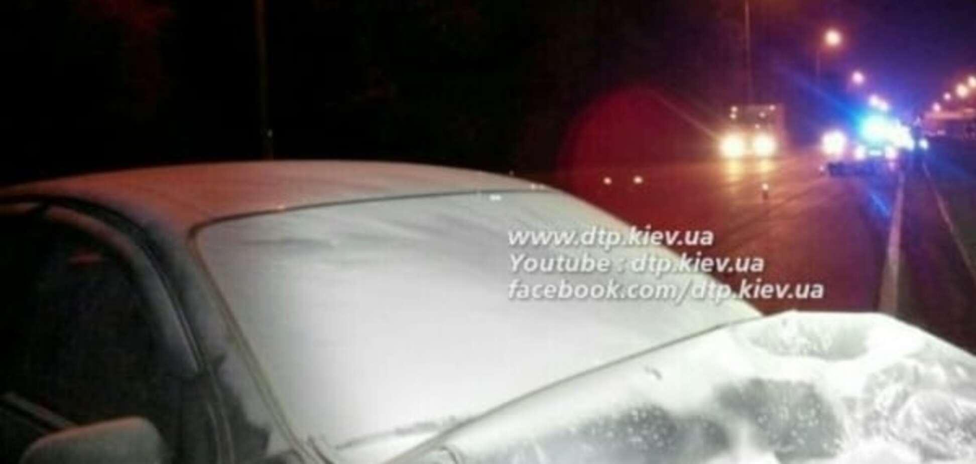 У Києві п'яний водій влаштував 'вогняне' ДТП: фото з місця аварії