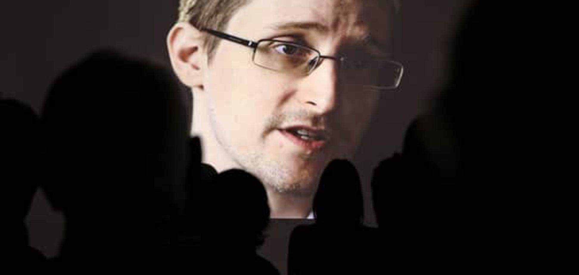 Сноуден: британські спецслужби можуть непомітно зламати смартфон