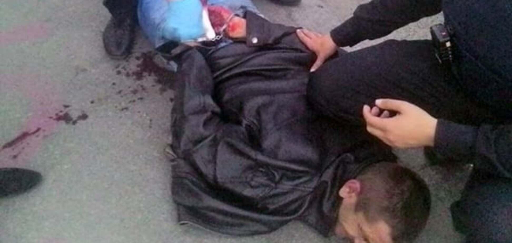 У Києві поліцейські затримали забіяку з ножем