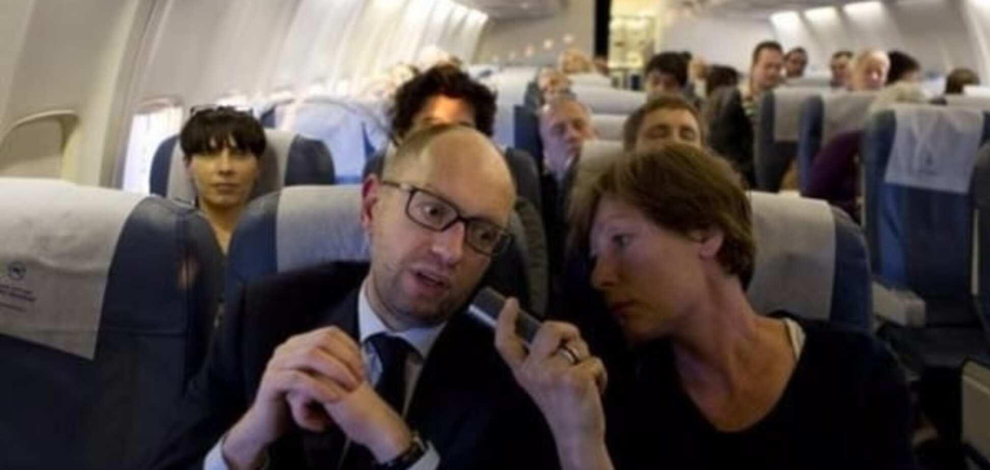 Економ-клас для народних очей: ЗМІ знайшли розкішний літак, на якому насправді літає Яценюк
