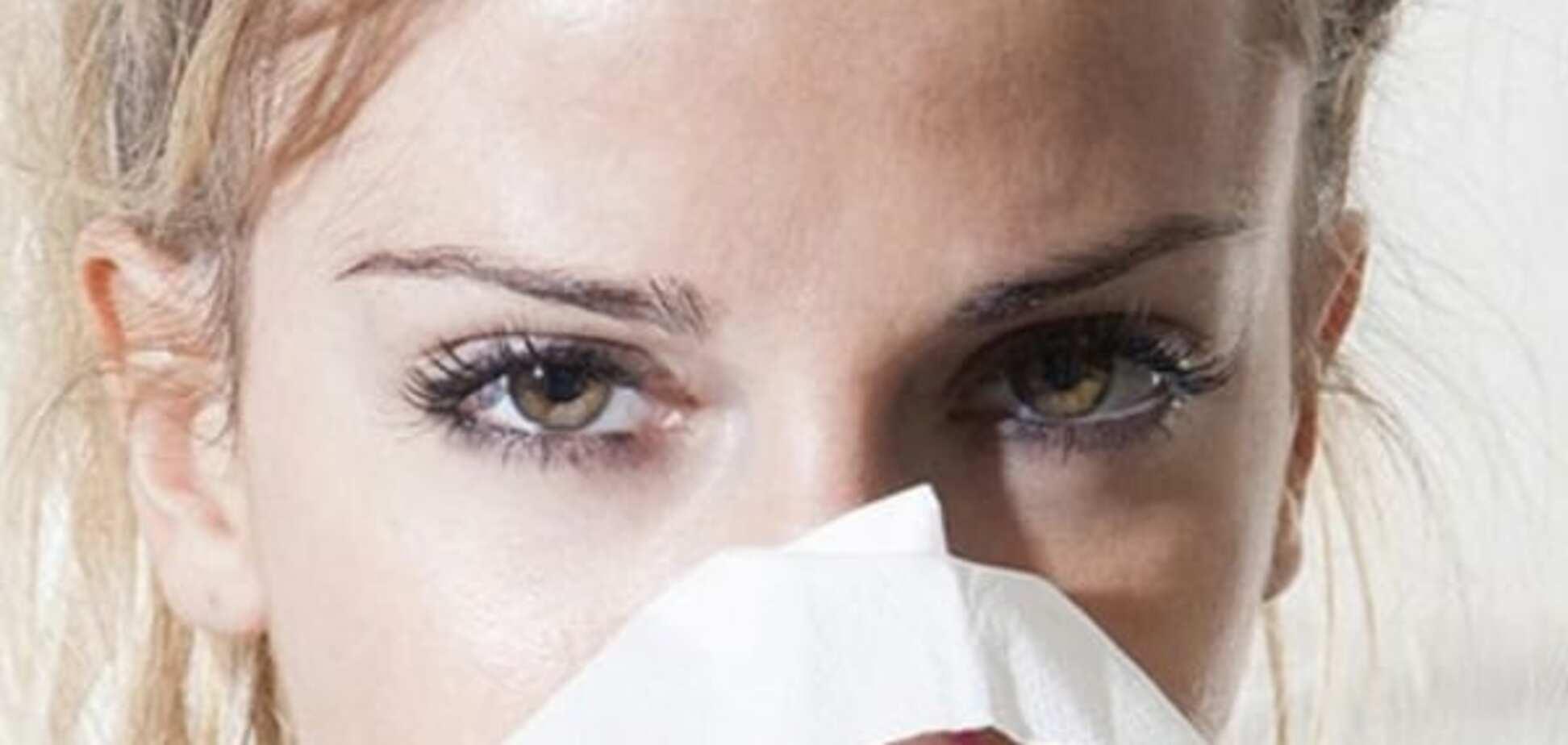 Как не подхватить вирус, когда в офисе все чихают: полезные советы