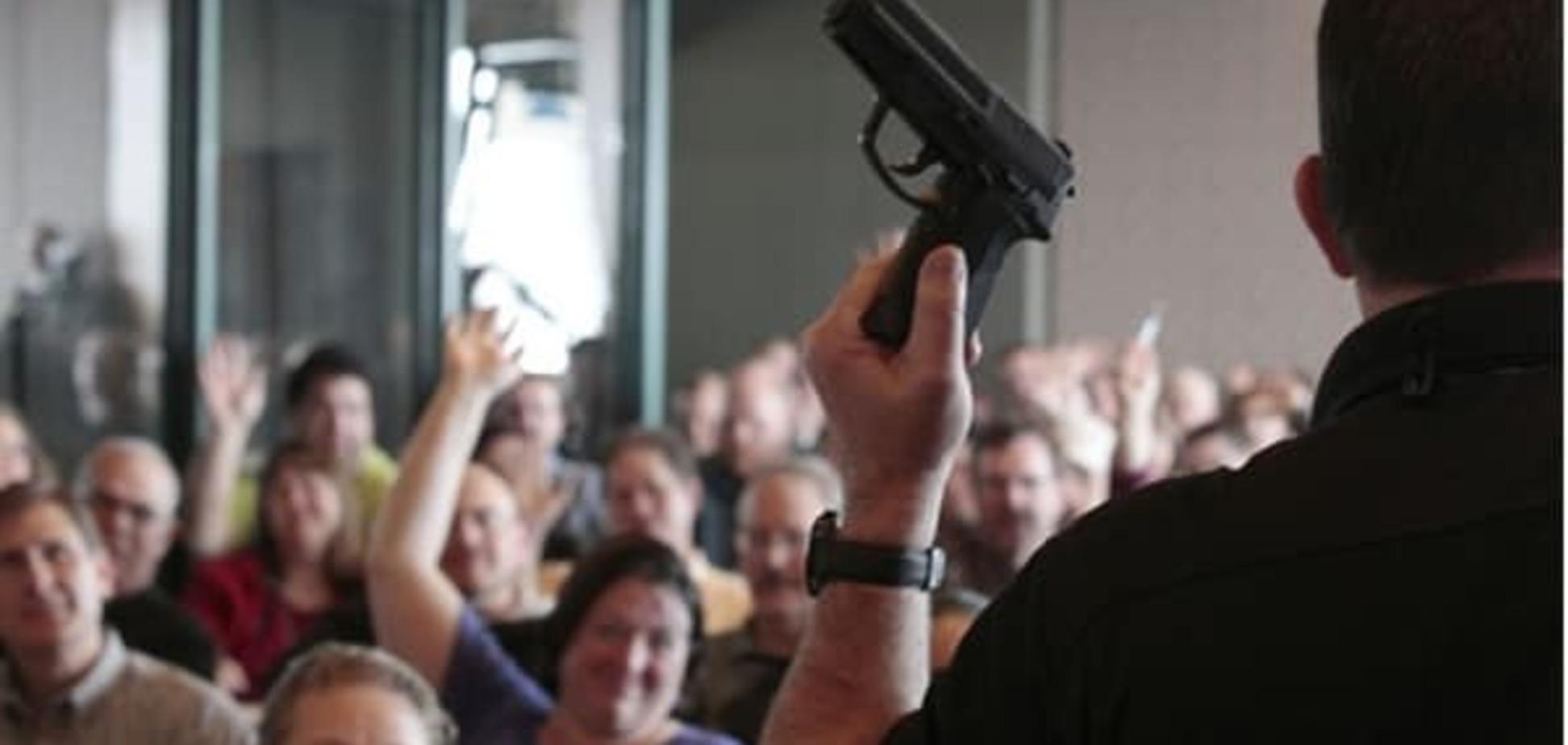 ЗМІ: Українці можуть легально купувати вогнепальну зброю