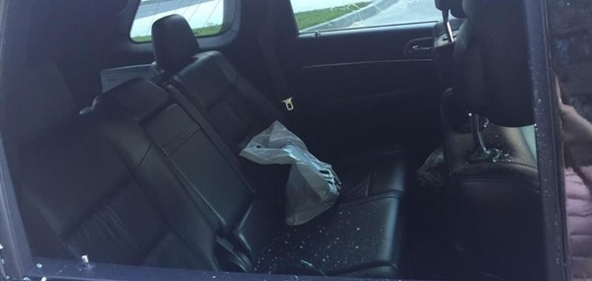 У Києві невідомі на Porsche Cayenne пограбували джип