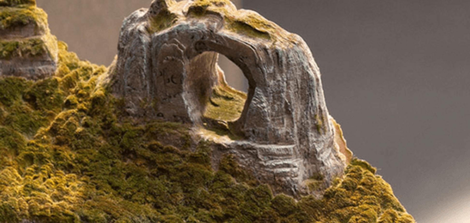 Захватывающая красота бразильских гор, высеченная из старых книг