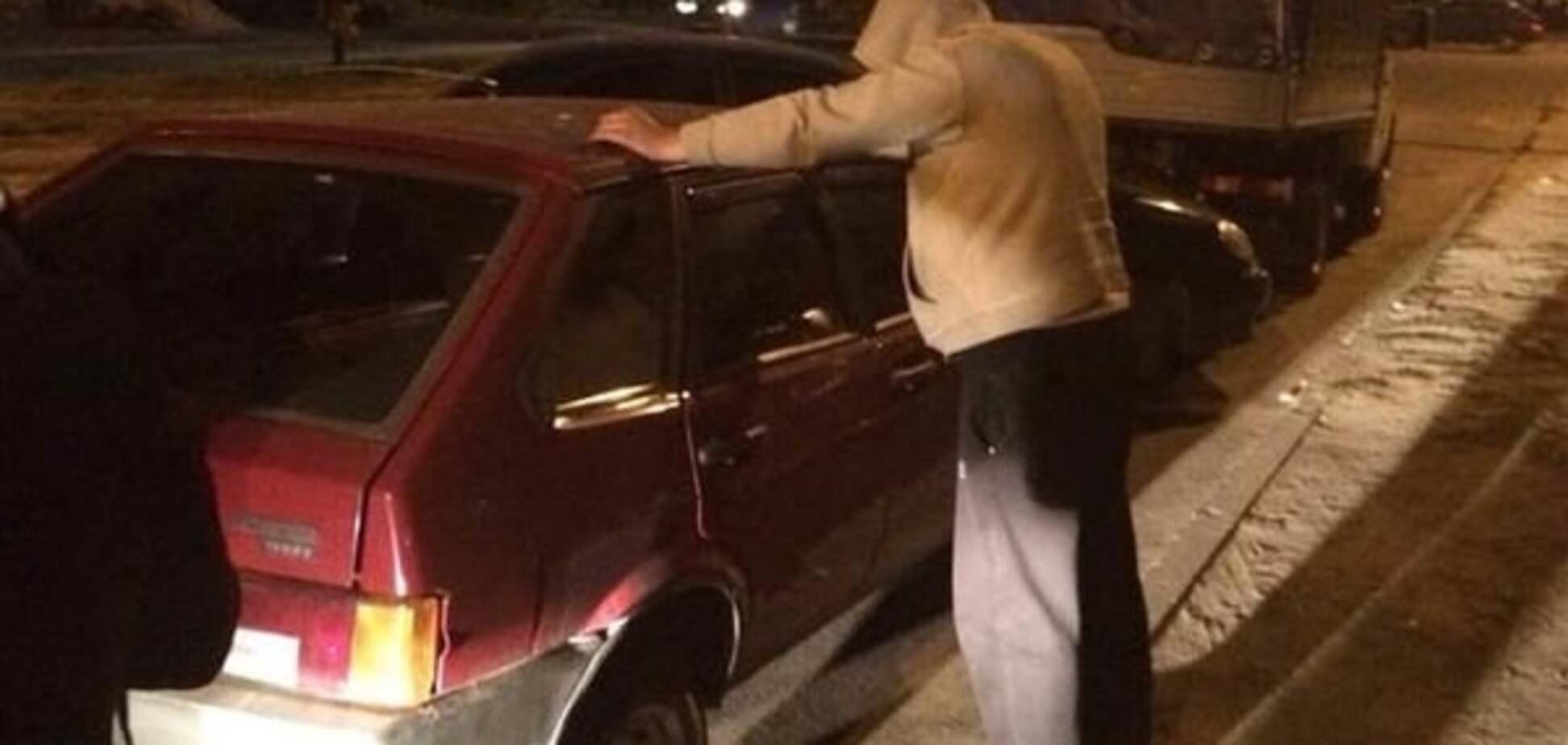 Автомат, наркотики, погрози: на Луганщині зловили 'перевертня' в погонах