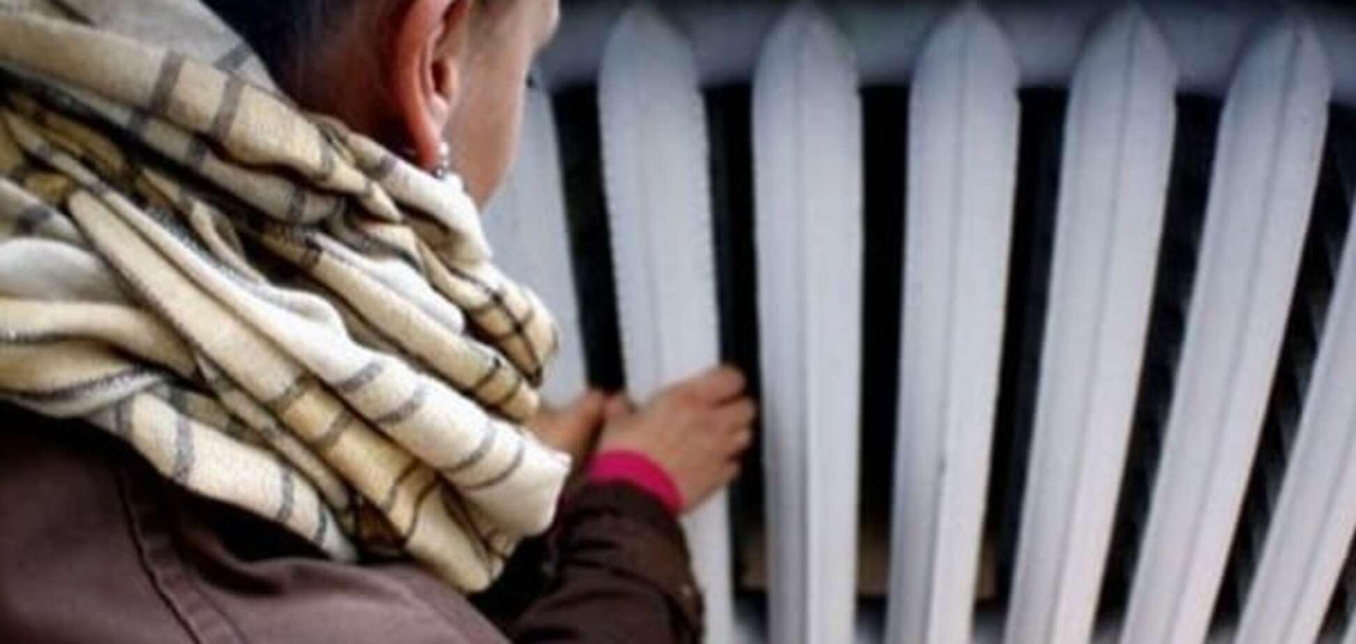 'Хоч каміння з неба': у Сімферополі без опалення залишаються десятки будинків