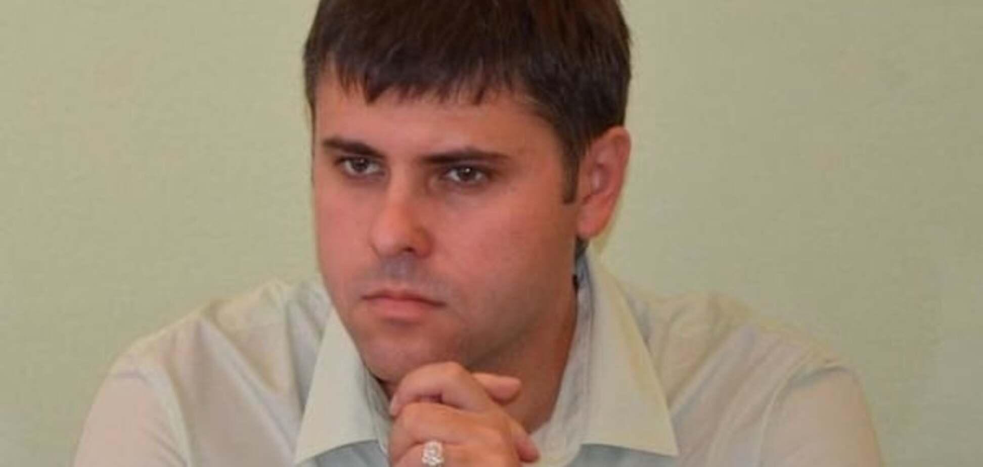 Головний публічний обвинувач Корбана замішаний у криміналі і носить пальто за 5 тисяч євро
