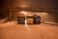 Влада Києва 'оголосила поза законом' фури на час снігопадів