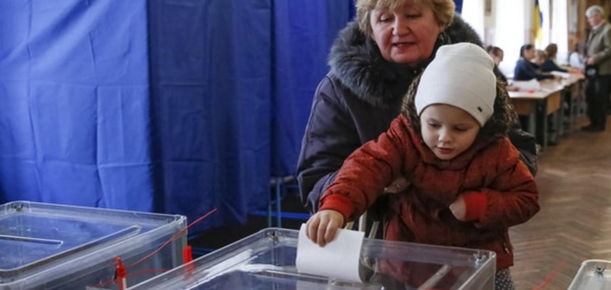В Україні стартував другий тур місцевих виборів