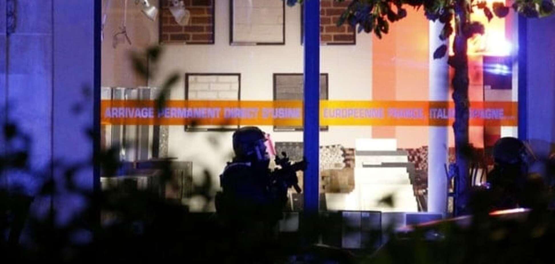 Cherchez la femme: постпред Украины в ООН назвал имя организатора терактов в Париже