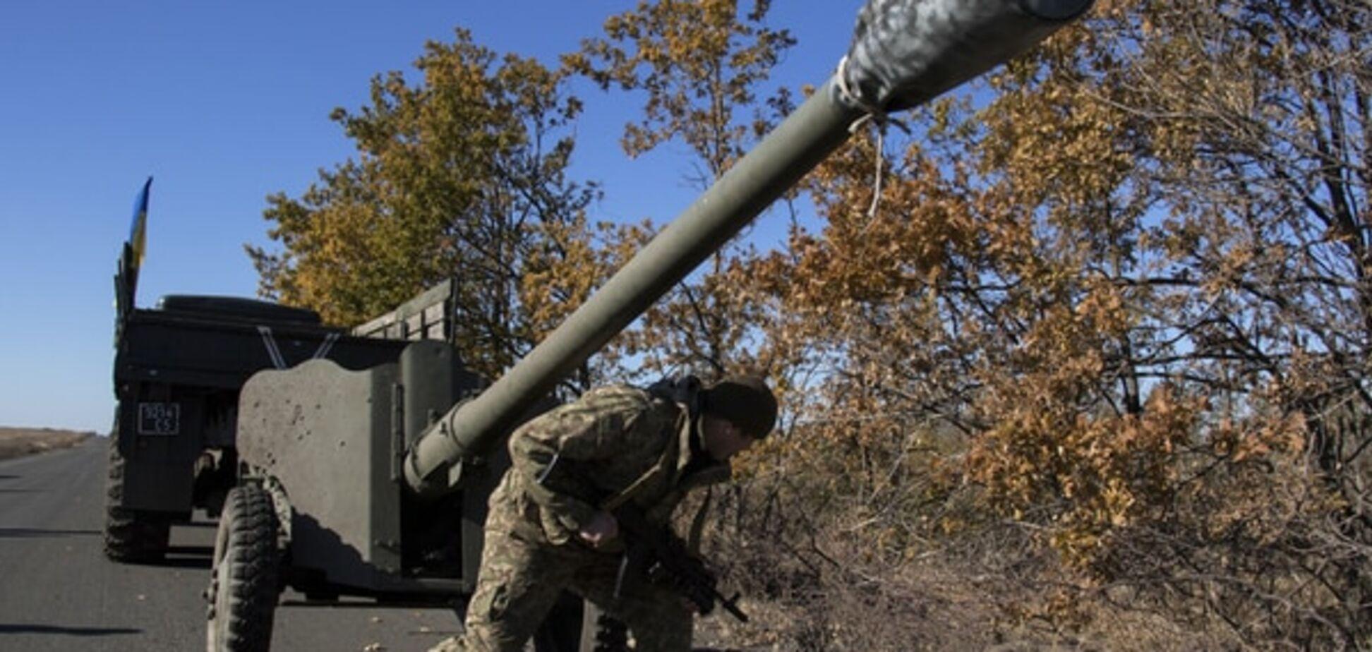 Війна на Донбасі: окупанти палили зі стрілецької зброї й мінометів