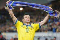 'Слава воинам АТО': яркий перфоменс защитника сборной Украины после выхода на Евро-2016