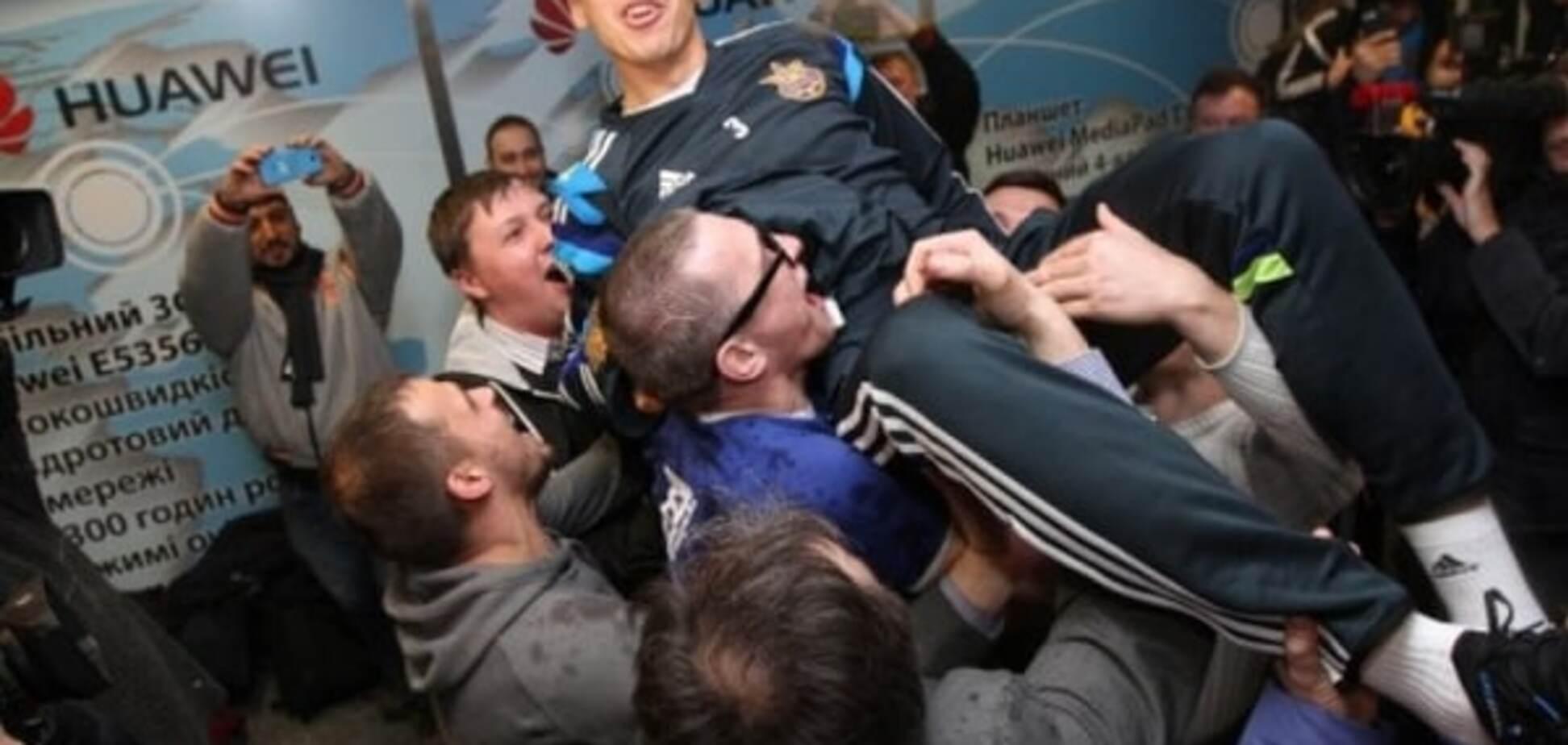 'Хачериди, выходи!' Как сборную Украины встретили в Киеве после выхода на Евро-2016