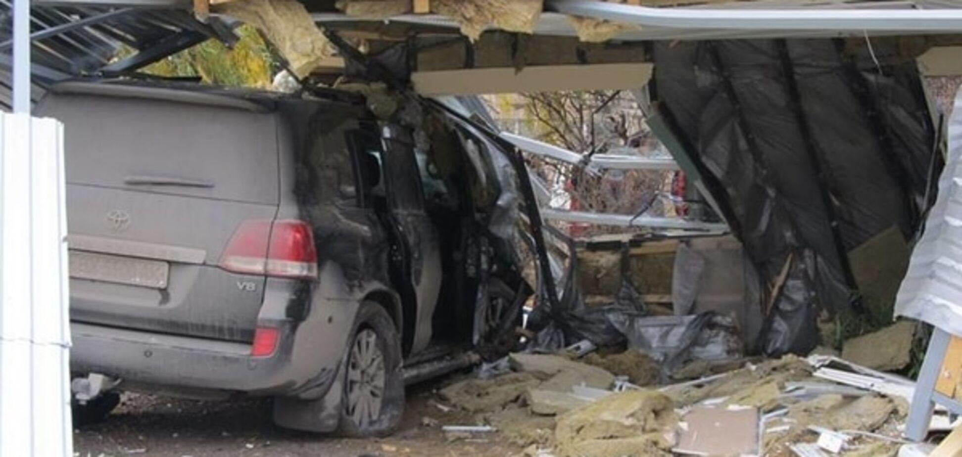 Жахлива ДТП на Хмельниччині: екс-регіонал на джипі врізався в зупинку з людьми