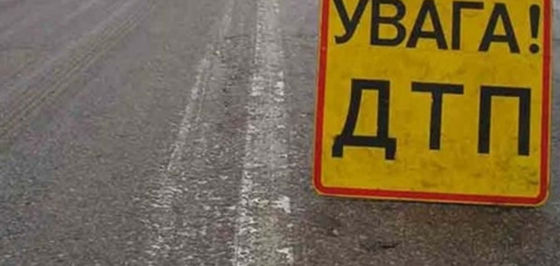 На Донбассе произошло ДТП с участием военного транспорта: есть жертвы