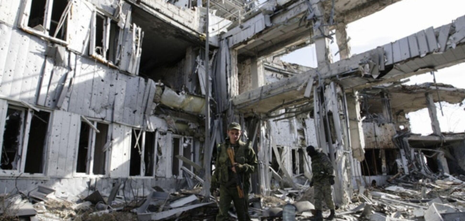Терористи демонструють відведення озброєнь на Донбасі - Тимчук