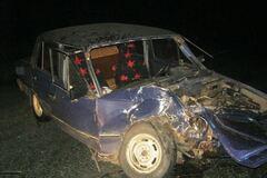 На Дніпропетровщині авто з дітьми на повному ходу врізалося в легковик: фотофакт