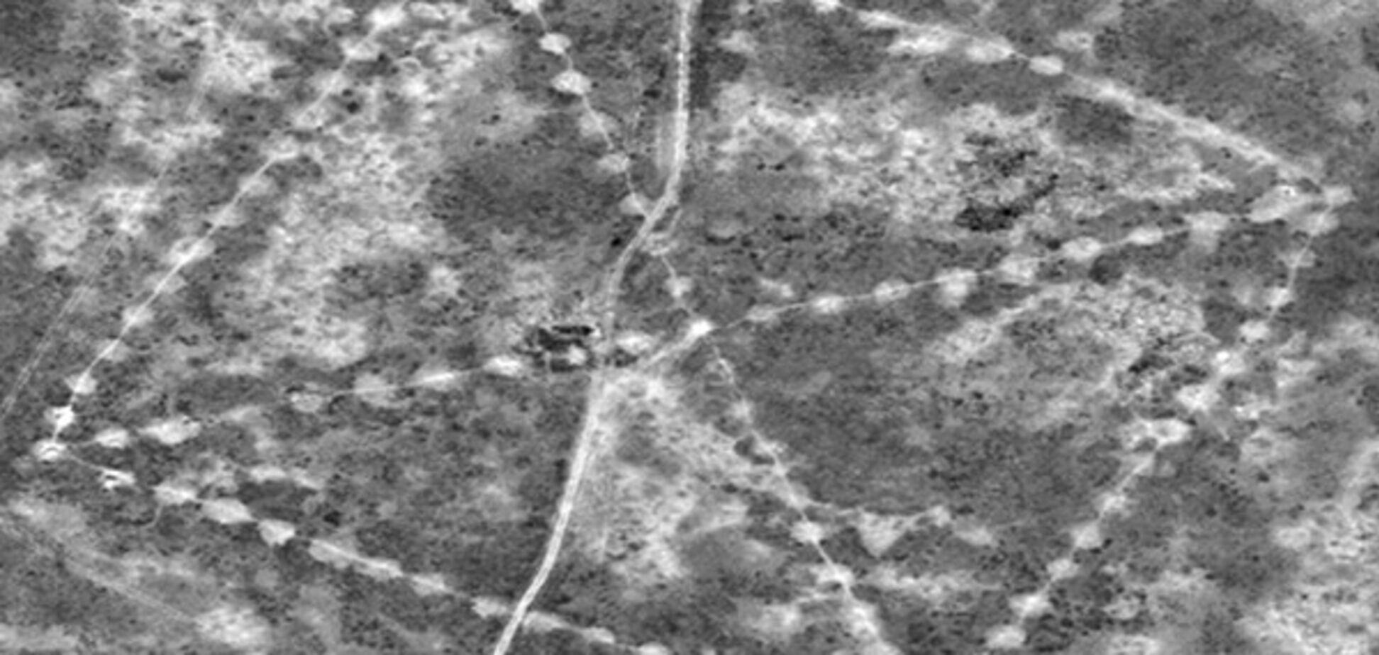 NASA обнаружило в Казахстане древнюю свастику: фотофакт