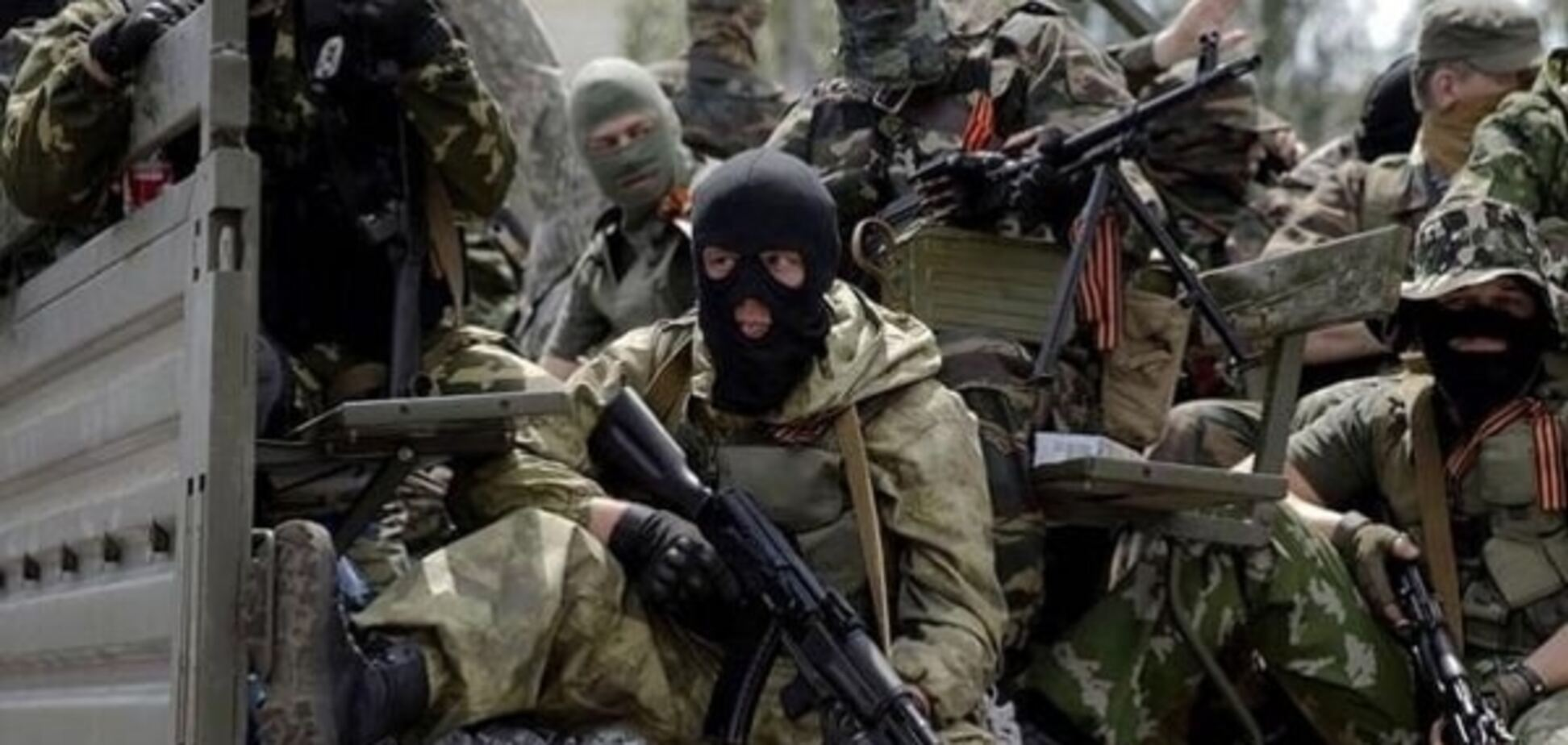 Трішки переплутали: терористи 'ДНР' розстріляли машину Генштабу Росії