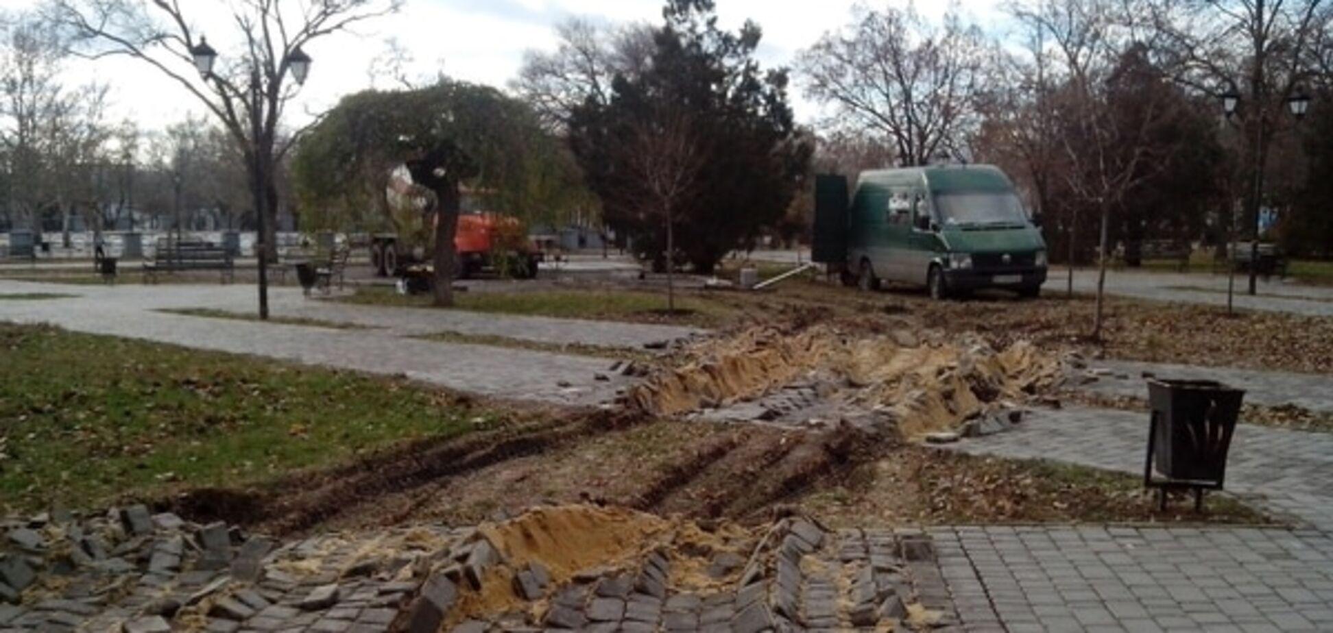 Будують одне, а руйнують інше: у Миколаєві розвалили 'Серце міста'