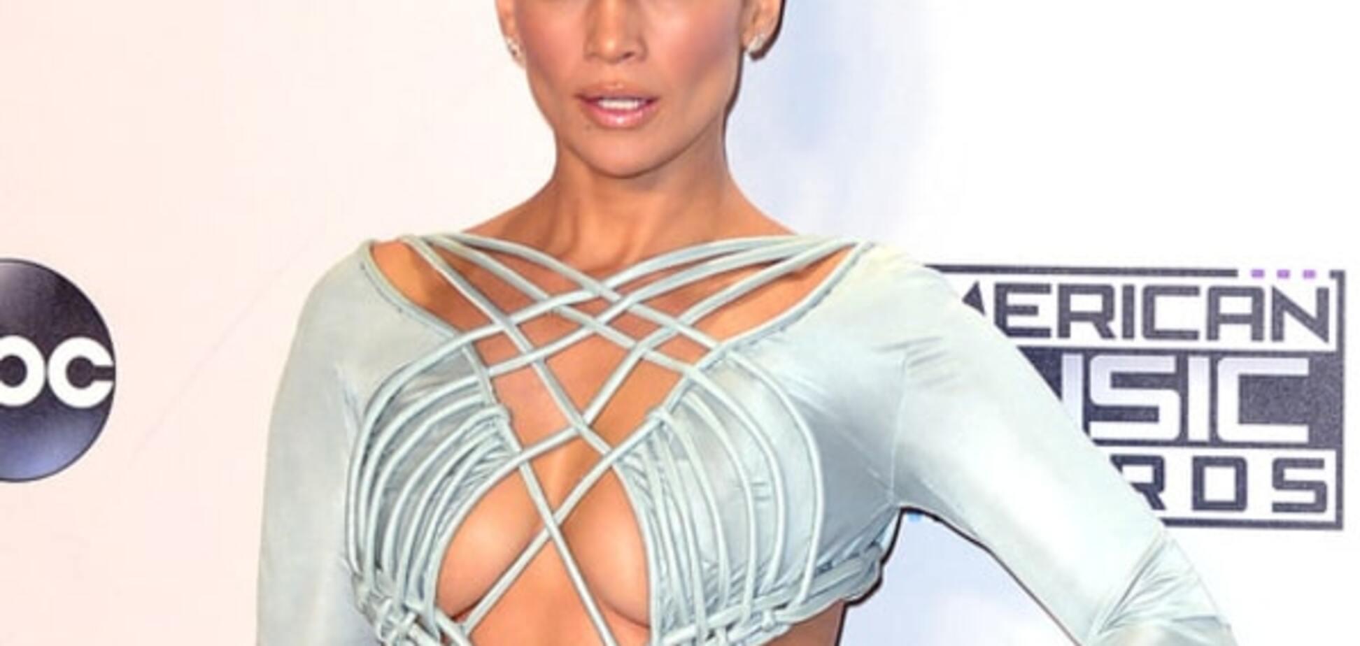 Джей Ло покорила American Music Awards: 10 шикарных нарядов звезды