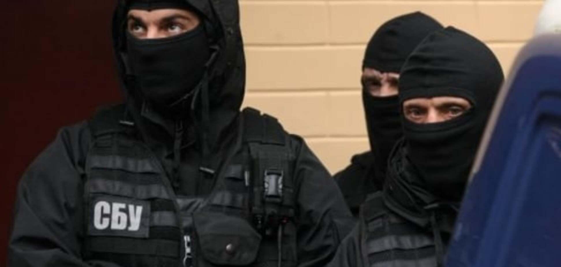 В Киеве сотрудники СБУ попали  в драку: есть пострадавшие