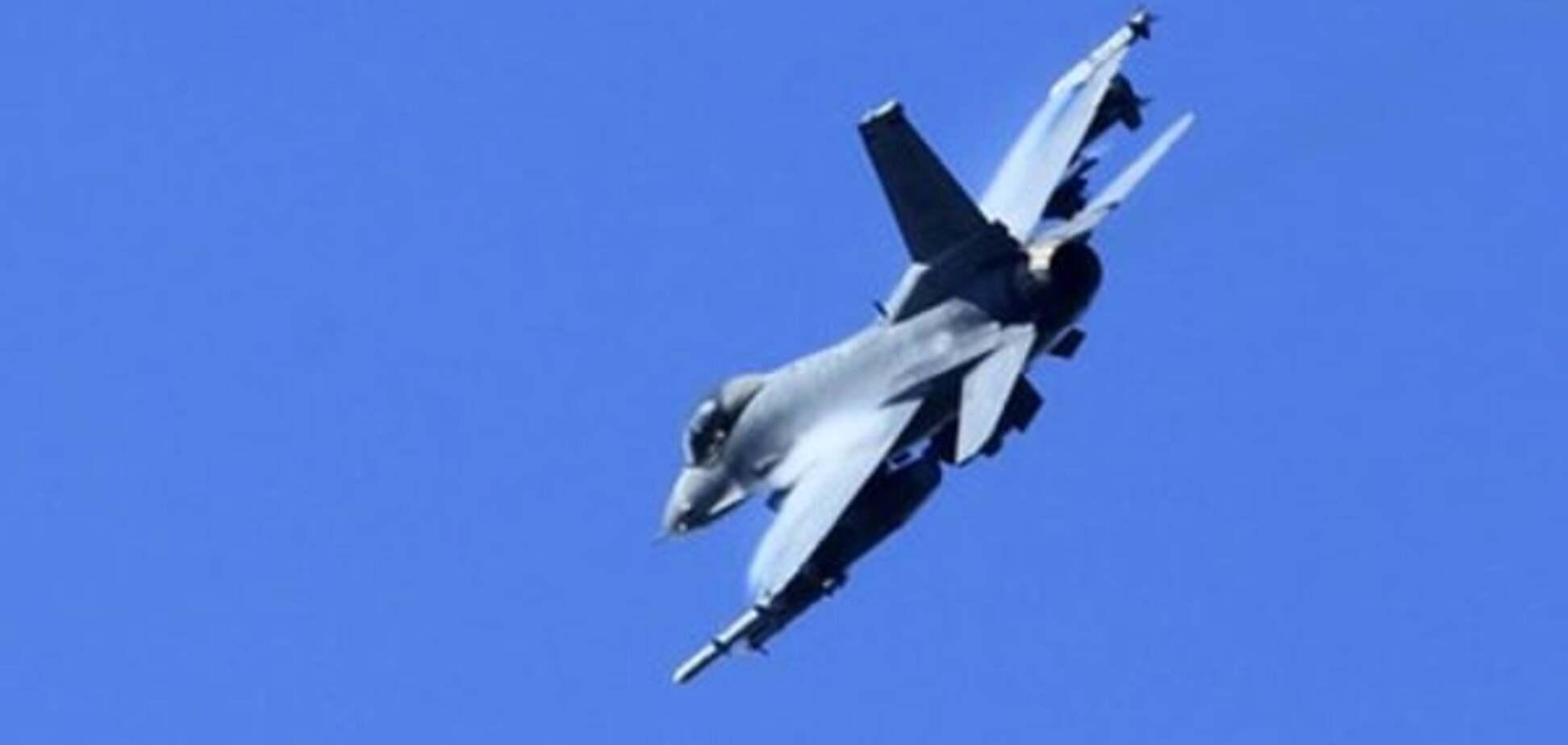 Сбитый российский самолет проигнорировал 10 предупреждений