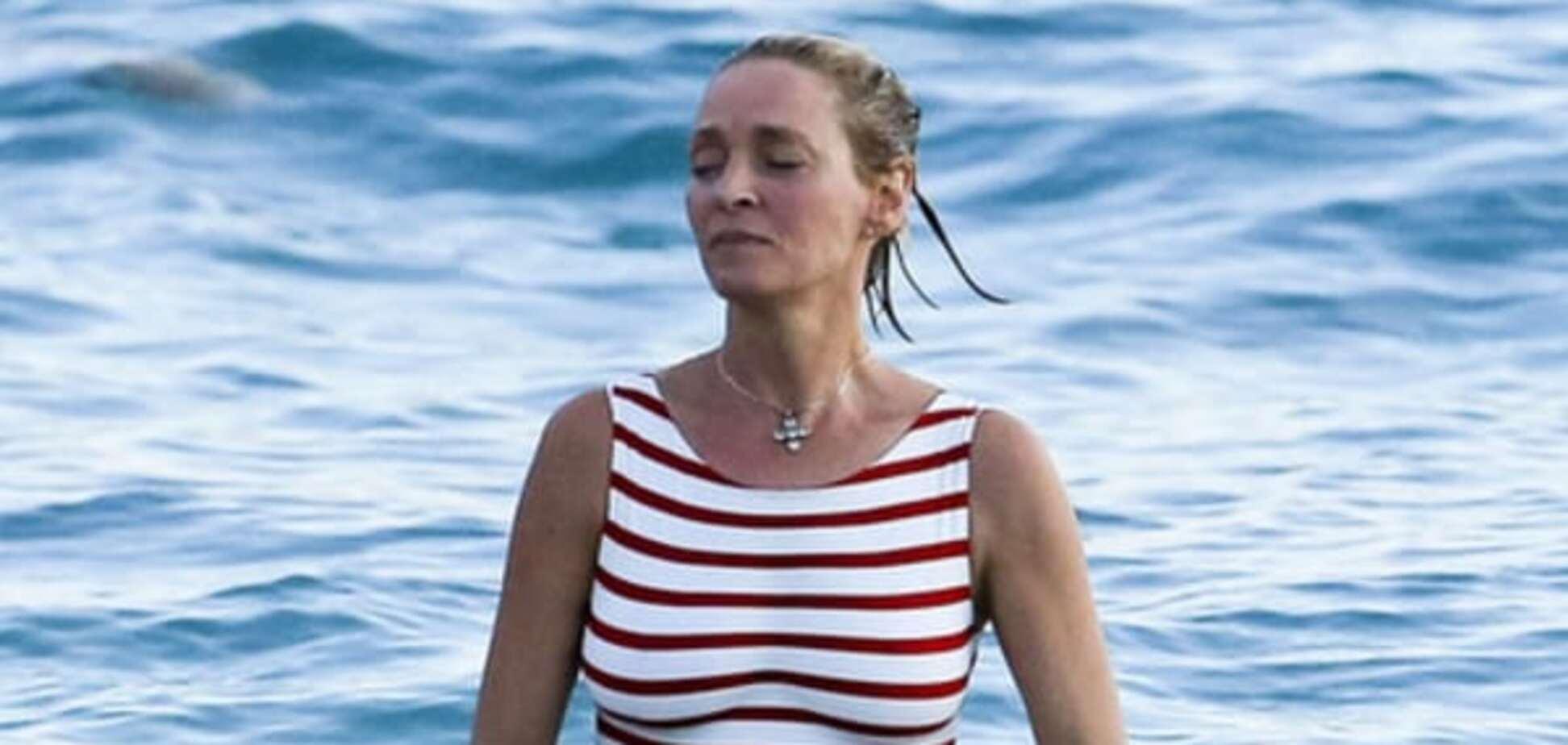 45-летняя Ума Турман показала фигуру в купальнике: фото актрисы с курорта