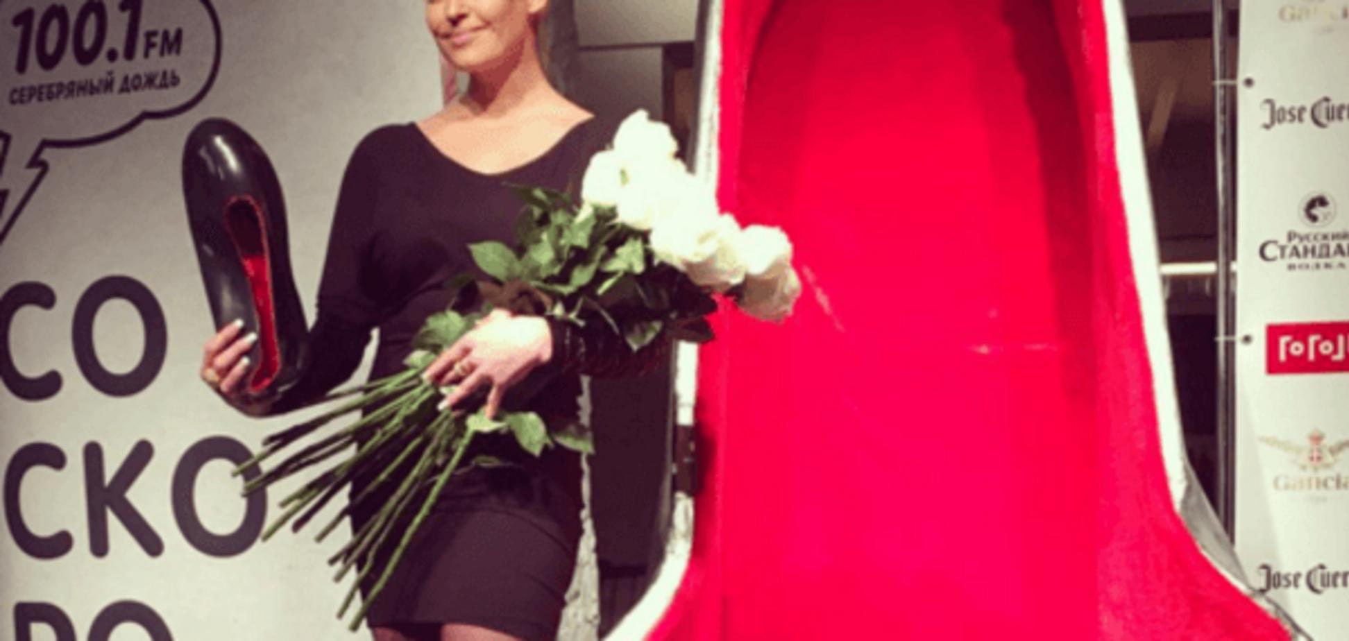 'Королева Инстаграма': Волочкова получила анти-награду за свои коронные шпагаты