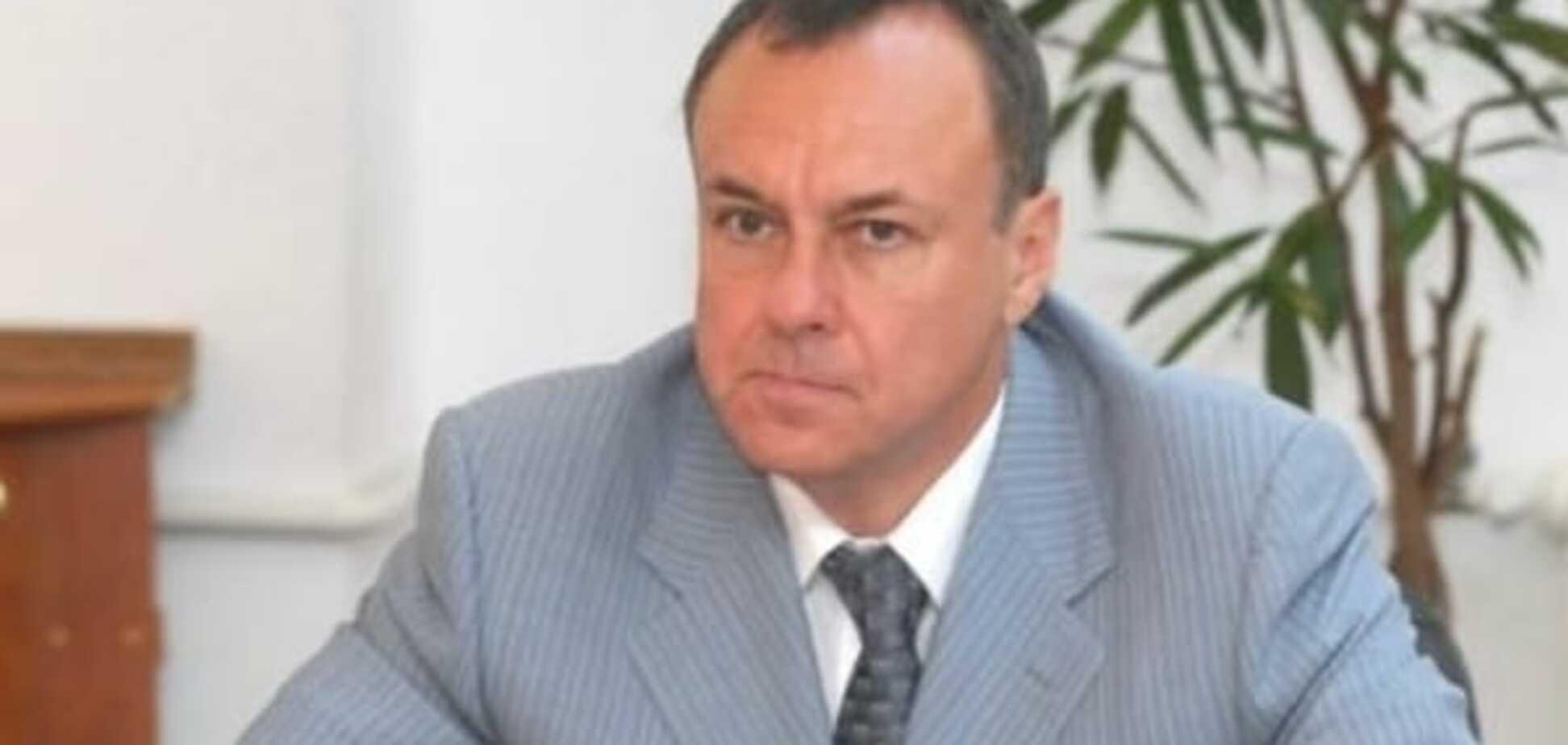 Судьба регионалов: Геращенко рассказал, как связаны самоубийства Чечетова и Сотуленко