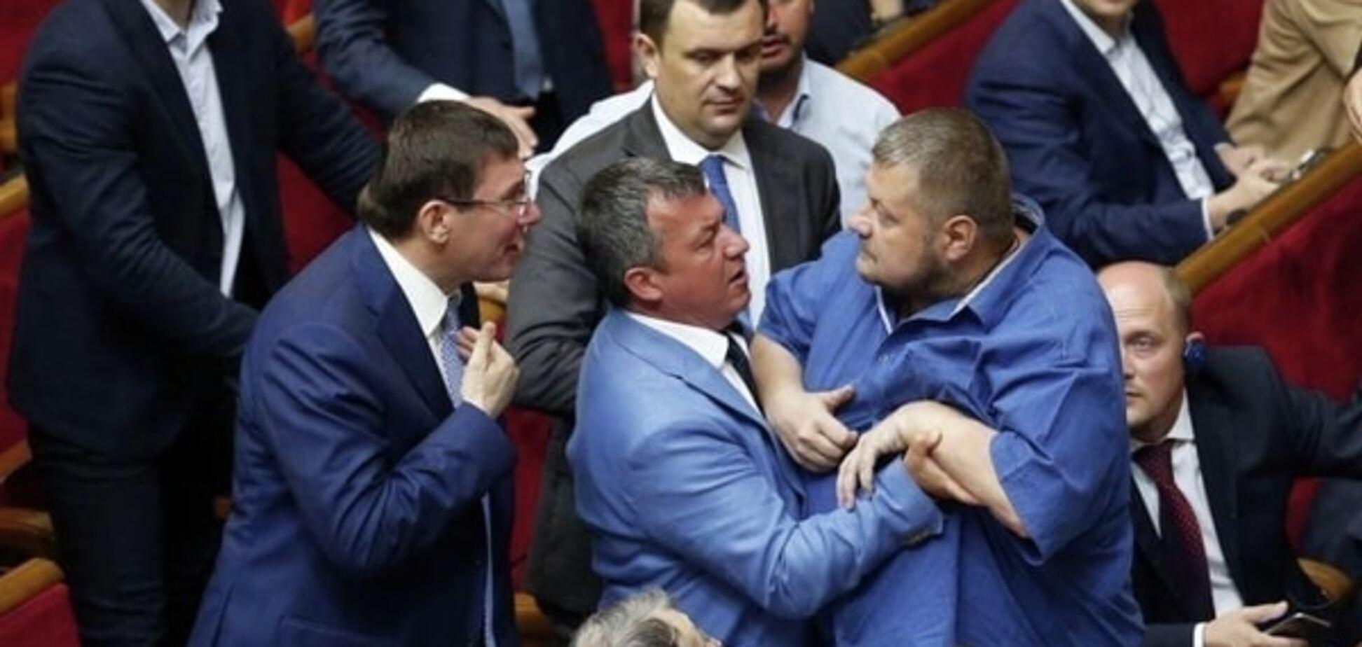 Депутат придумав, як наводити порядок на засіданнях Ради і комітетів
