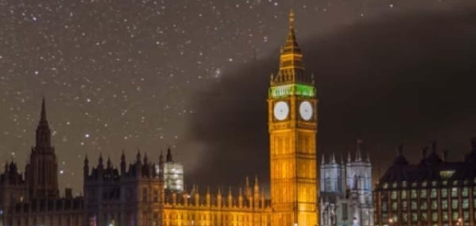 Мегаполисы в сиянии звезд: в сети появилось уникальное видео