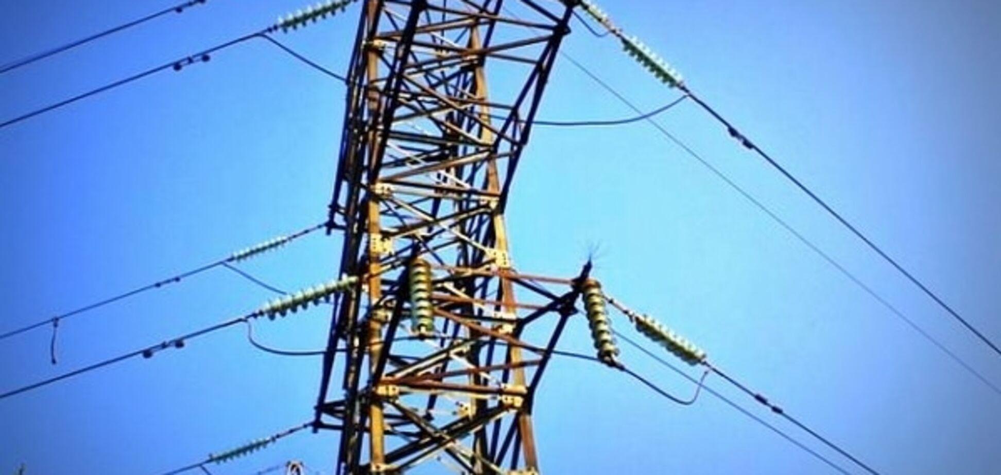Передумали: 'Укрэнерго' не возобновит поставки электроэнергии в Крым