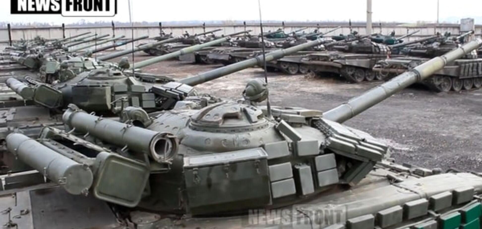 'Розфарбувати' життя луганчан: волонтери знайшли 'райдужні' танки терористів